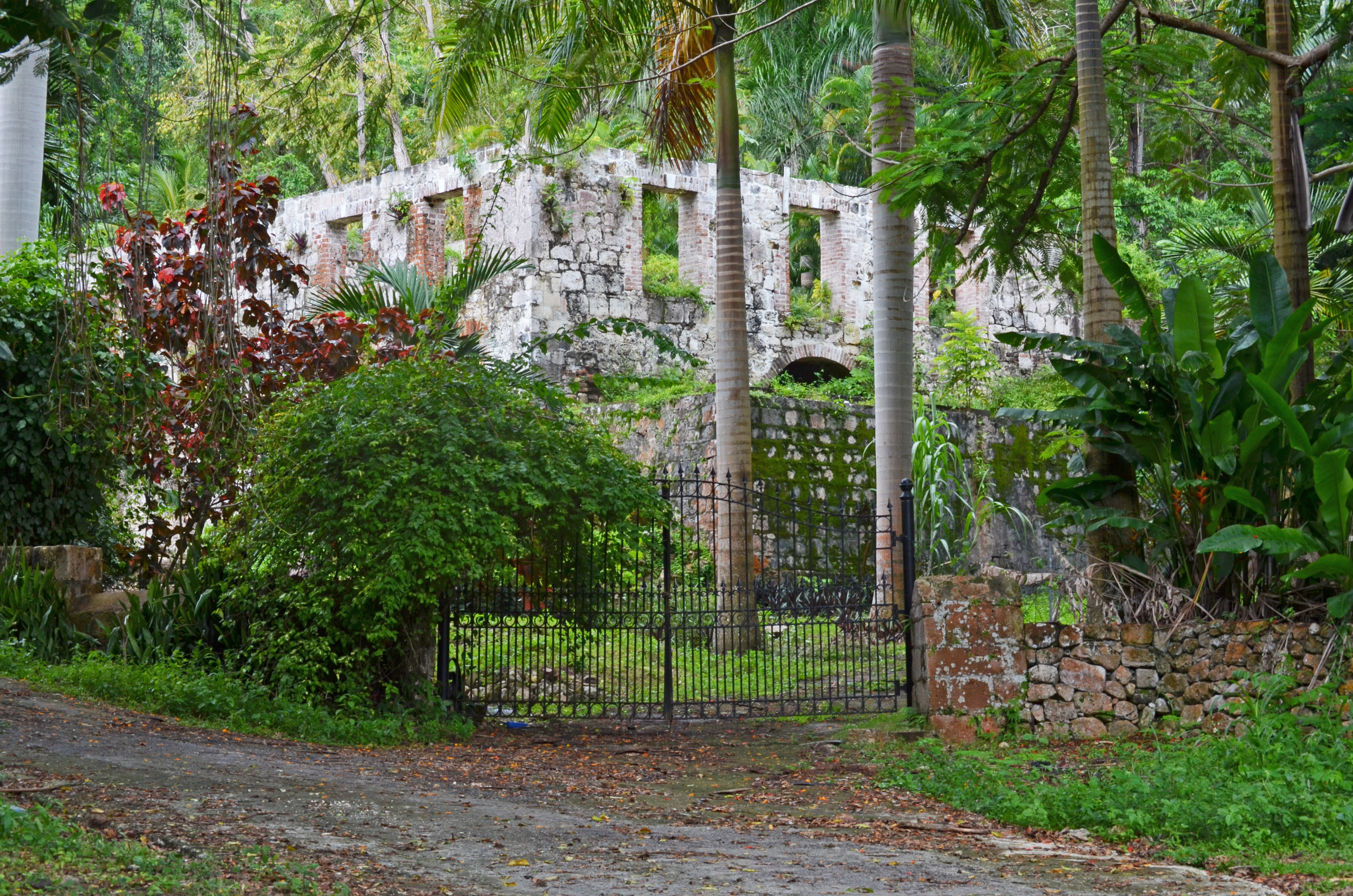 Ruins of Slave Owner Home in Jamaica